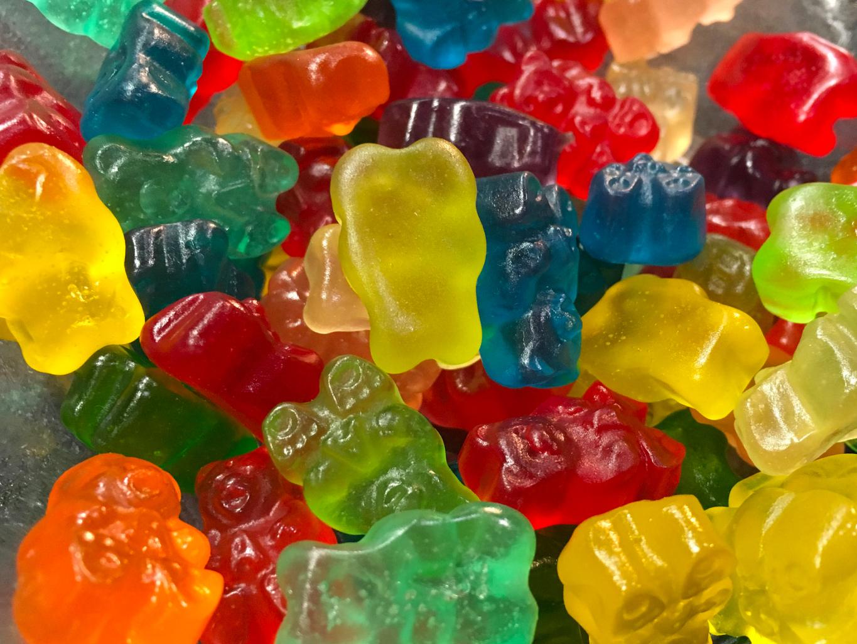 gummies.jpg (1365×1024)
